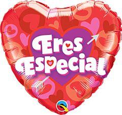 """18"""" Eres Especial Heart & Arrow"""